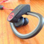 イヤホン一体型でワイヤレス『PowerBeats2 Wireless』レビュー